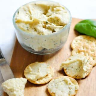 Vegan Cashew Cream Cheese with Herbs