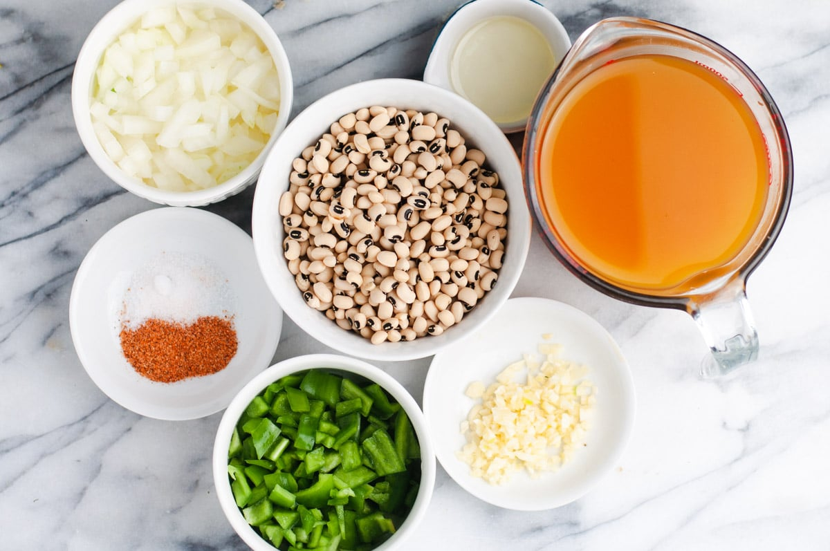 Ingredients used to make Vegan Instant Pot Black Eyed Peas