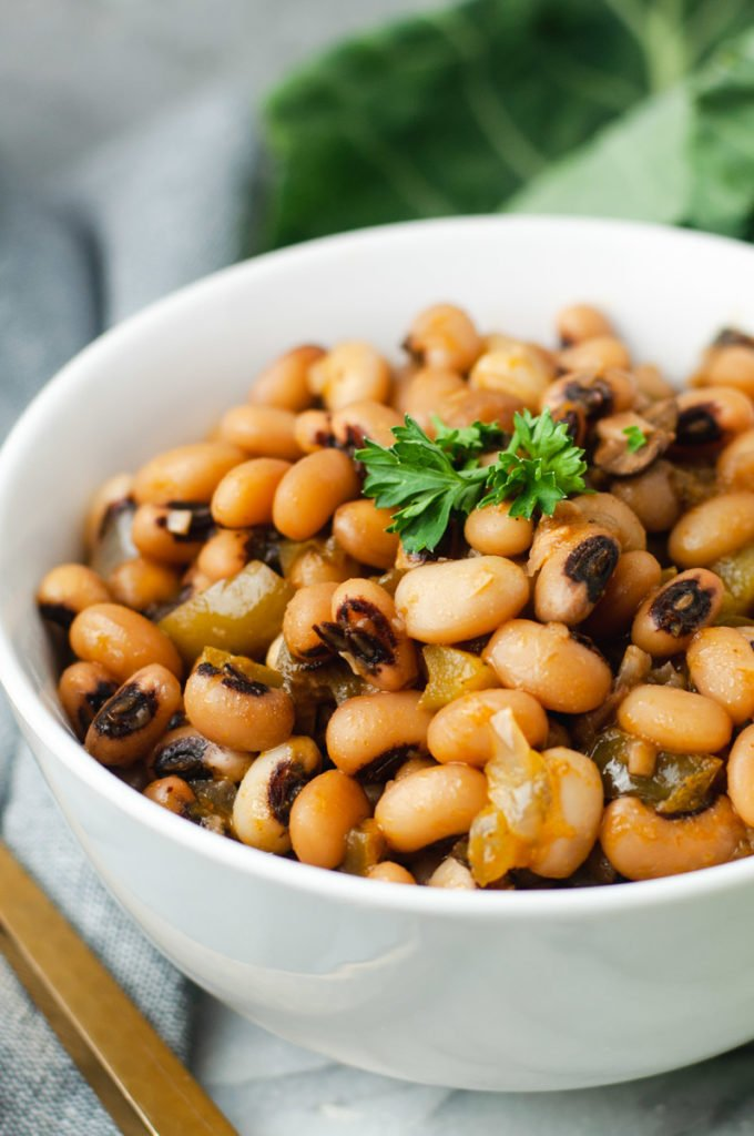 Close up of texture of black eyed peas