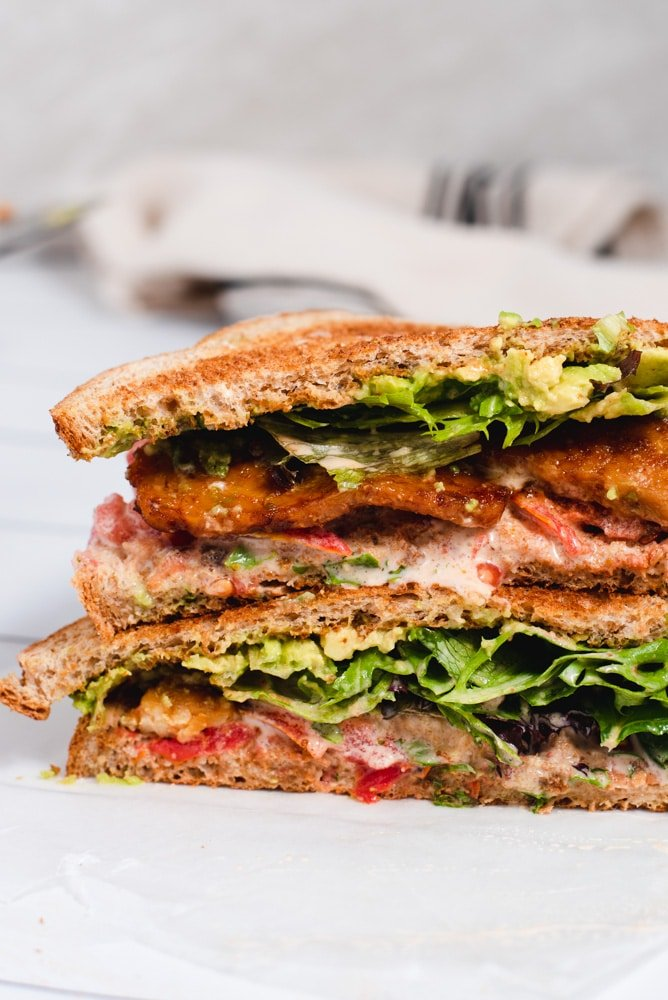 BLT sandwich sliced in half to show inside